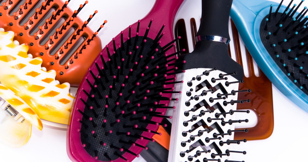 hair_system_maintence_different_types_of_hairbrushes