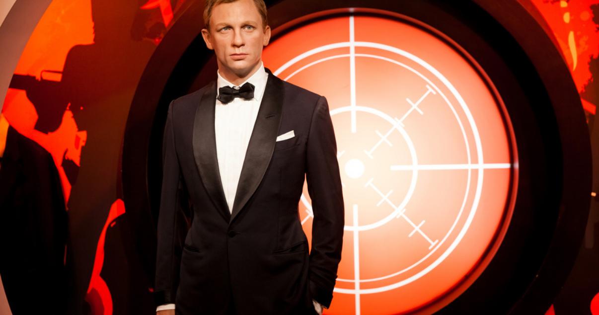 James Bond using hair pieces