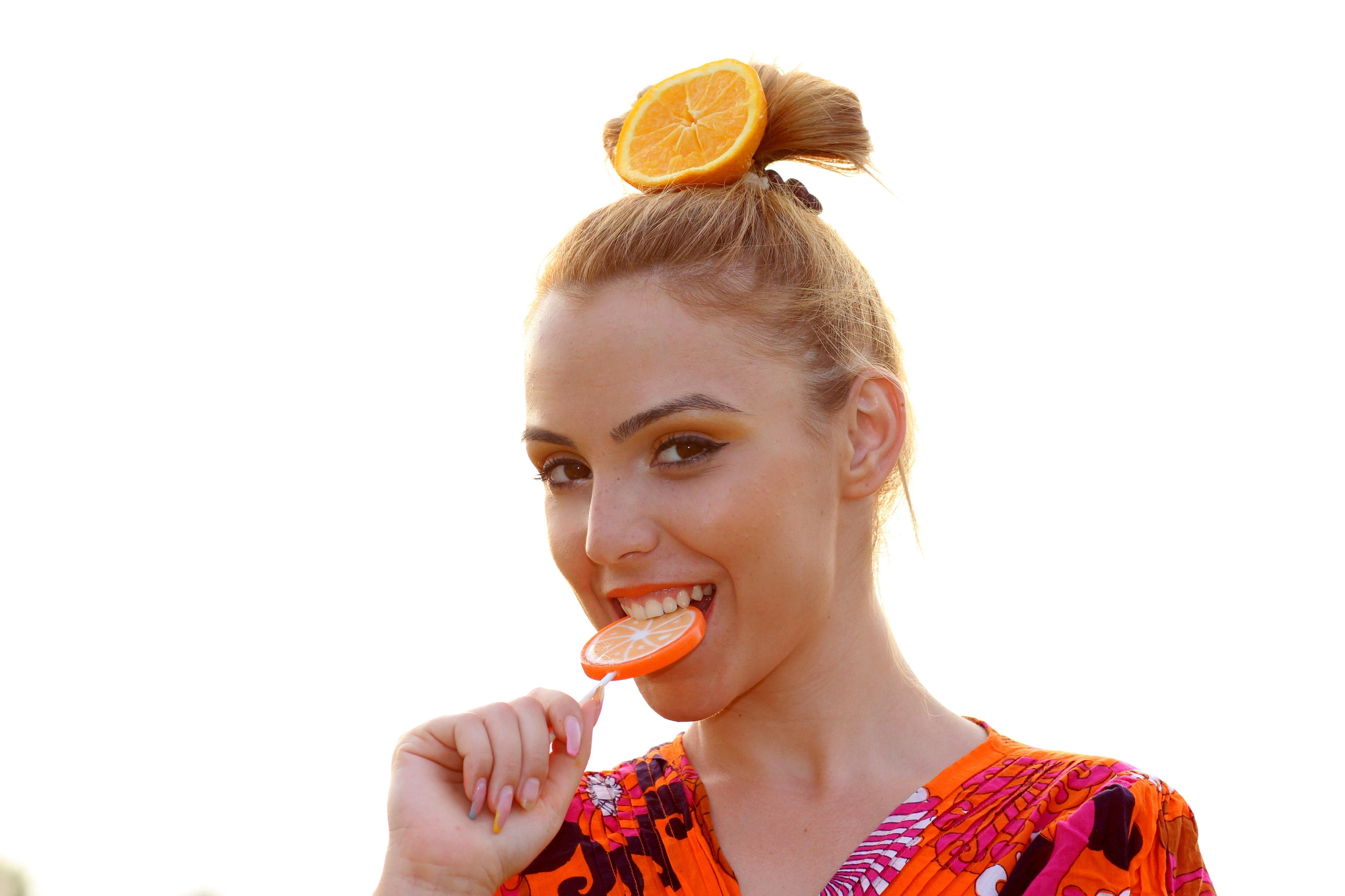 girl-hair-orange-finger-food-tropical-548592-pxhere.com